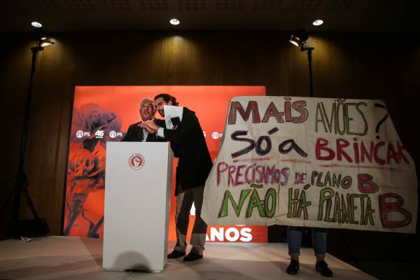 Two years jail for denouncing Lisbon's airport expansion?